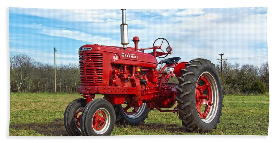 Tractor Bath Sheet featuring the photograph Restored Farmall Tractor by Charles Beeler