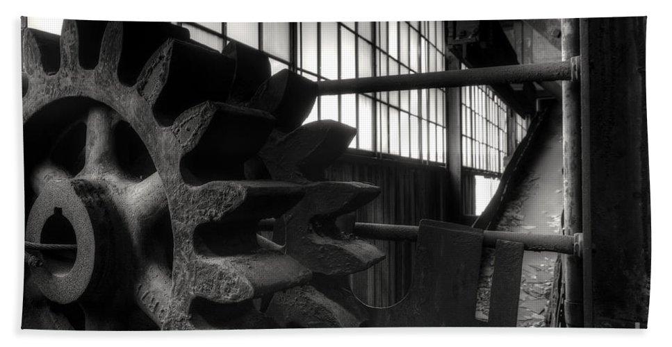 St. Nicholas Coal Breaker Bath Sheet featuring the photograph Retired by Rick Kuperberg Sr