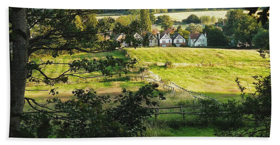 Landscape Hand Towel featuring the photograph Returning Home .. As A Canvas by Connie Handscomb