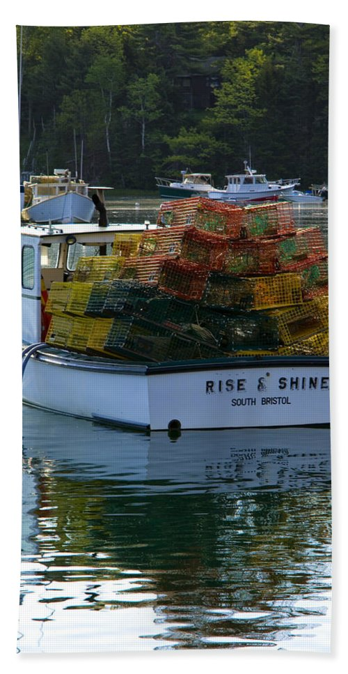 Lobster Boat Bath Sheet featuring the photograph Rise And Shine by Diana Powell
