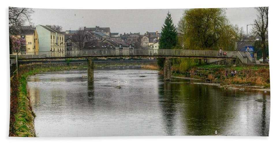 River Bath Sheet featuring the photograph The River Kent At Kirkland In Kendal by Joan-Violet Stretch