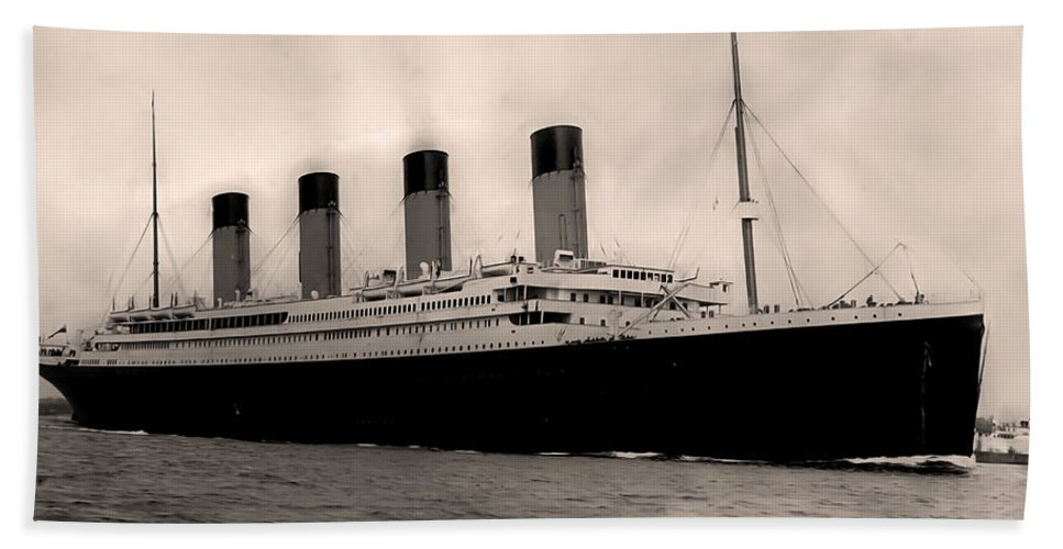 Rms Titanic Bath Sheet featuring the photograph Rms Titanic by Bill Cannon