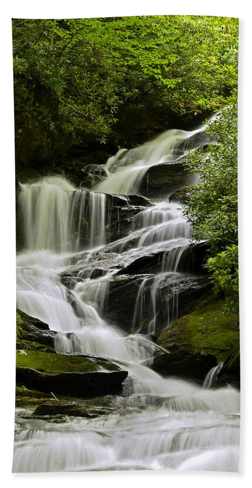 Waterfall Hand Towel featuring the photograph Roaring Creek Falls by Eric Albright