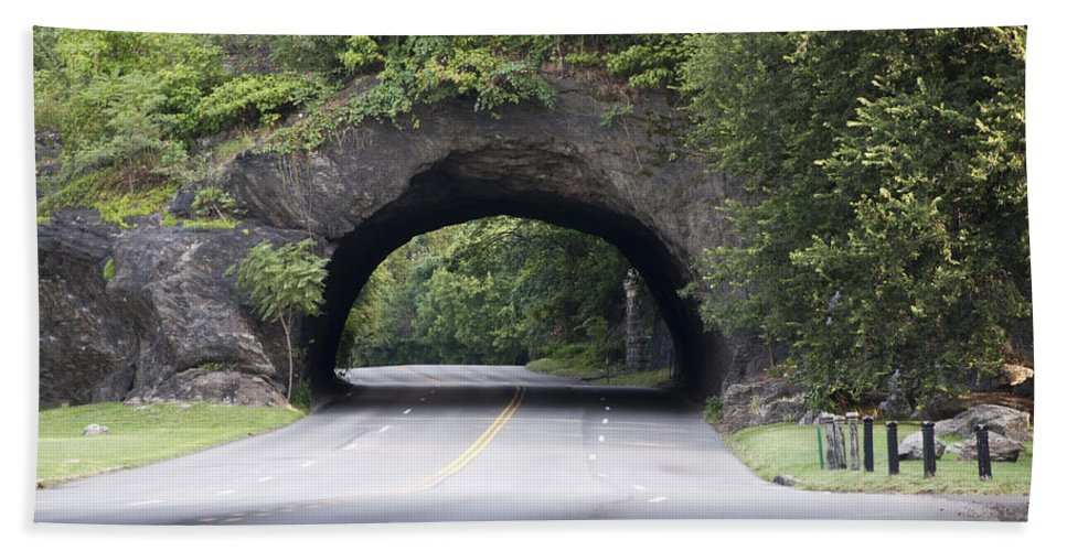 Rock Tunnel On Kelly Drive Hand Towel featuring the photograph Rock Tunnel On Kelly Drive by Bill Cannon