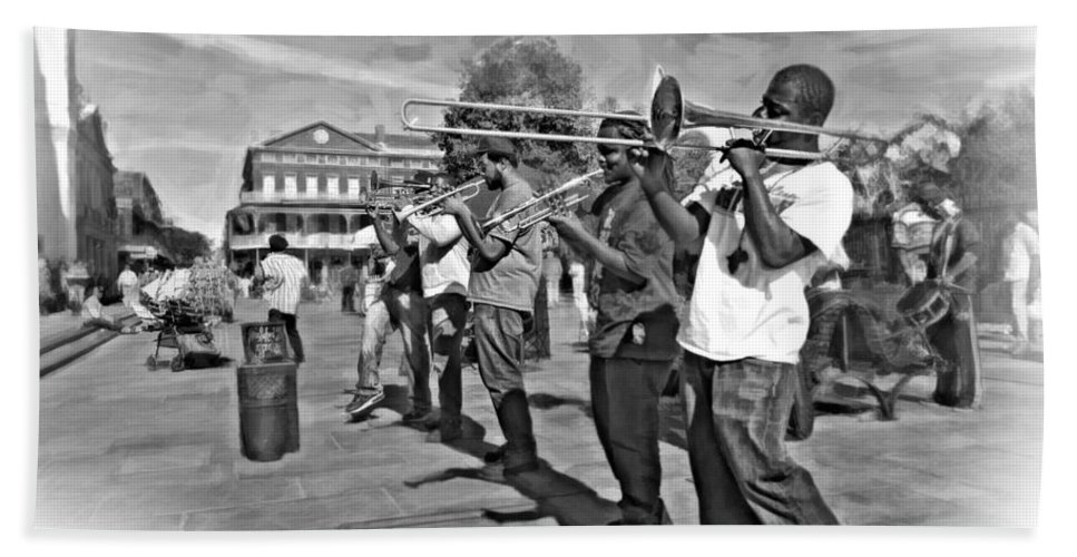 French Quarter Bath Sheet featuring the photograph Rockin' The Square 3 by Steve Harrington