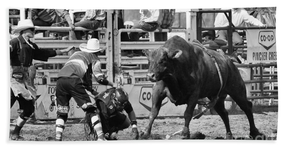 Bull Riding Hand Towel featuring the photograph Rodeo Mexican Standoff by Bob Christopher