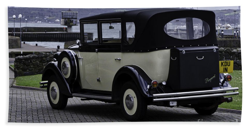 Auto Hand Towel featuring the photograph Rolls Royce - Regent by Mary Carol Story