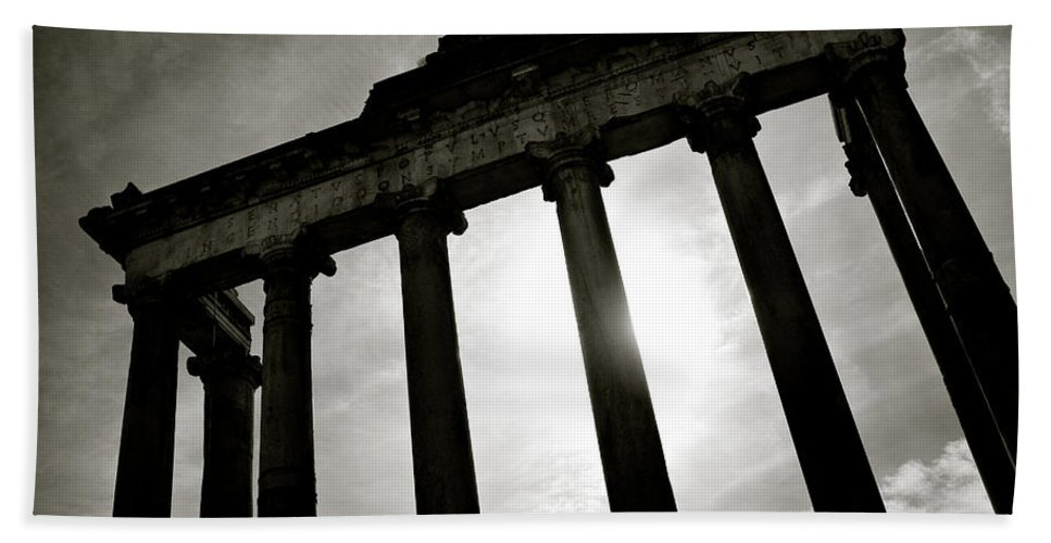 Roman Forum Bath Towel featuring the photograph Roman Forum by Dave Bowman