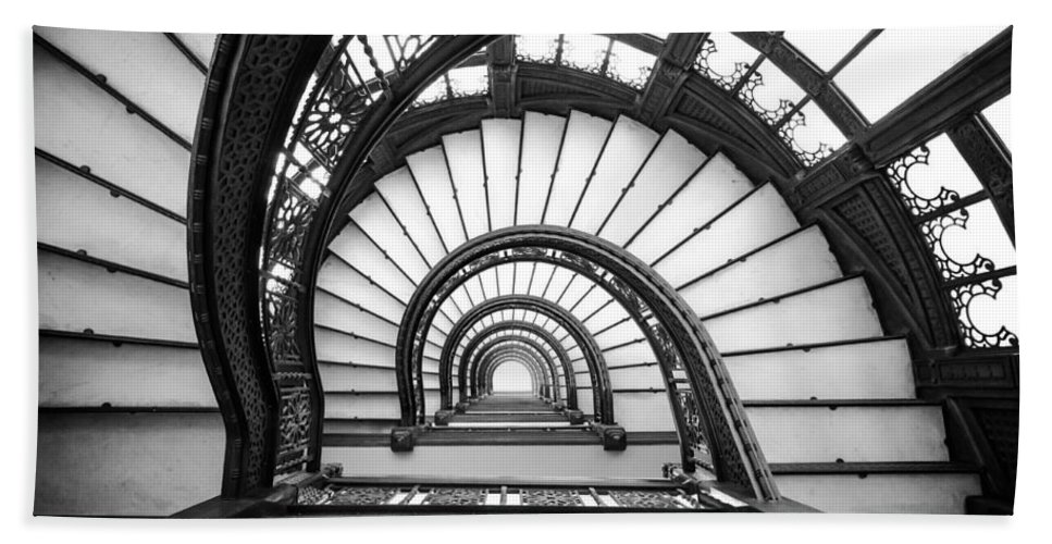 Chicago Bath Towel featuring the photograph Rookery Building Oriel Staircase - Black And White by Anthony Doudt
