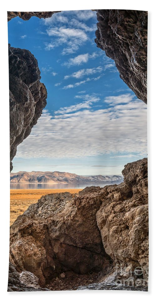 Rocks Hand Towel featuring the photograph Room With A View by Dianne Phelps