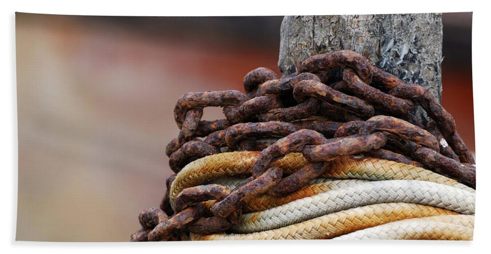 Rope And Chain Hand Towel featuring the photograph Rope And Chain by Wendy Wilton