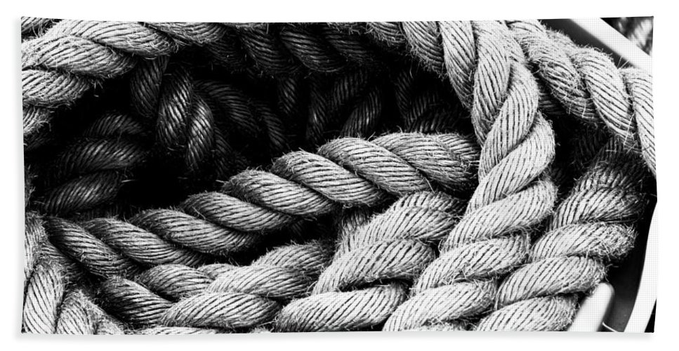 Rope Bath Sheet featuring the photograph Rope Black And White by Cathy Anderson