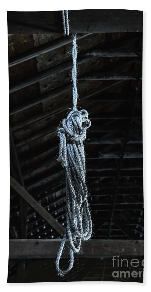 Rope Hand Towel featuring the photograph Rope by Margie Hurwich