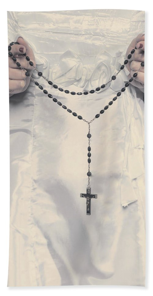 Hand Hand Towel featuring the photograph Rosary by Joana Kruse