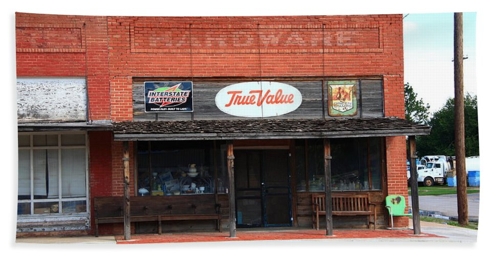 66 Hand Towel featuring the photograph Route 66 - Hardware Store Erick Oklahoma by Frank Romeo