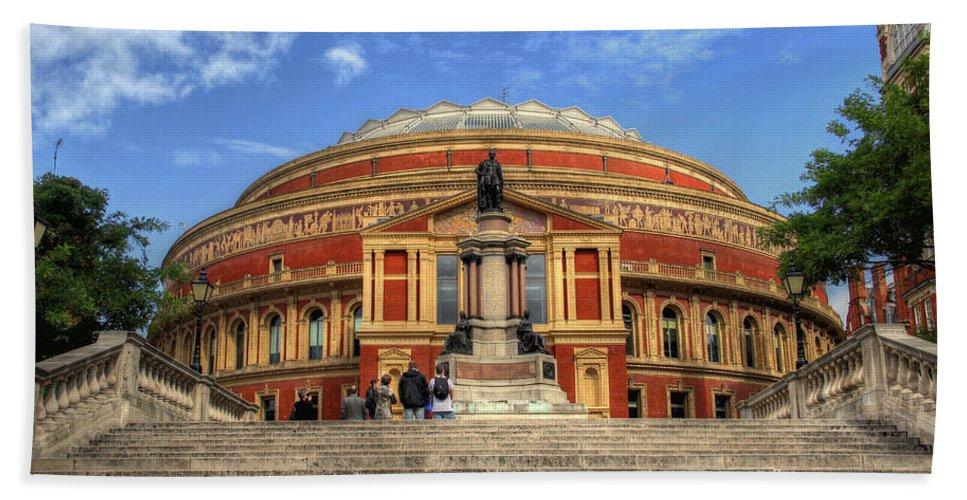Royal Albert Hall Hand Towel featuring the photograph Royal Albert Hall by Lee Nichols