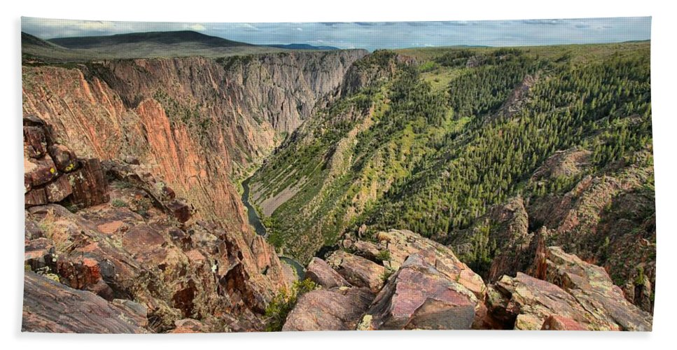 Black Canyon Hand Towel featuring the photograph Rugged Edge Of The Canyon by Adam Jewell