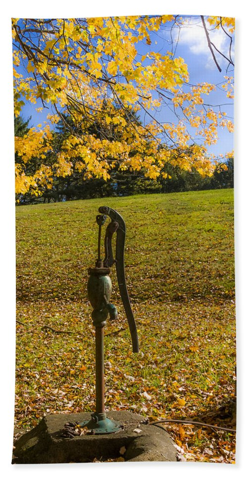 Connecticut Hand Towel featuring the photograph Rural Connecticut Autumn by Albert Seger