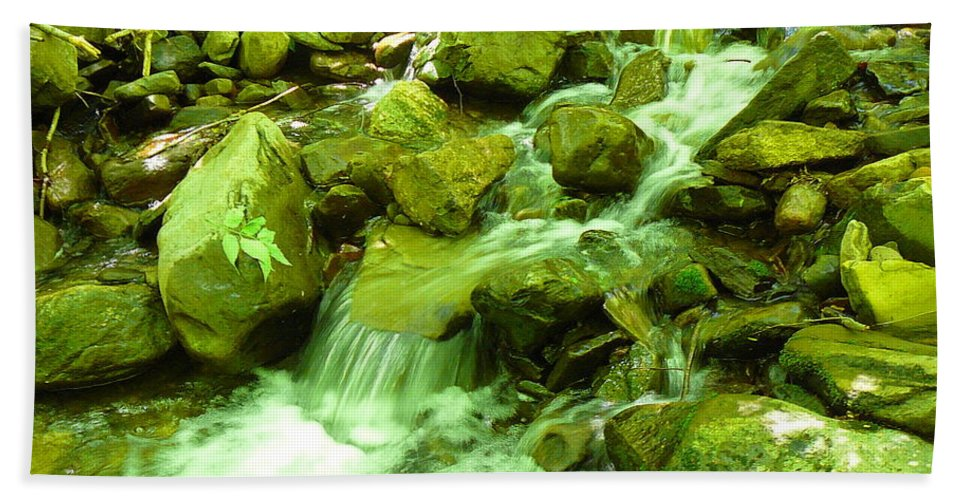 Pocono Bath Sheet featuring the photograph Rushing Water by Two Bridges North