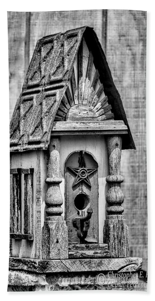 Bird House Hand Towel featuring the photograph Rustic Birdhouse - Bw by Christopher Holmes