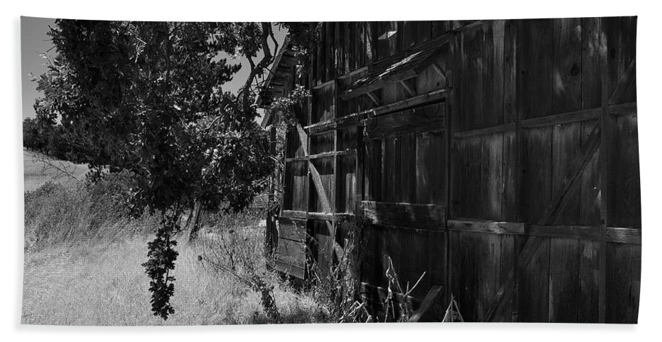Rustic Bath Sheet featuring the photograph Rustic Shed 5 by Richard J Cassato