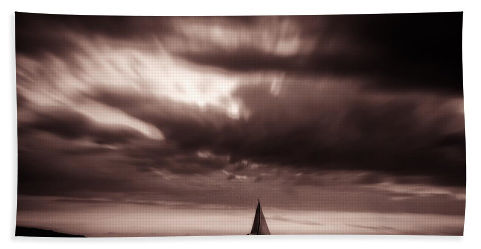 Hand Towel featuring the photograph Sailing by Stelios Kleanthous