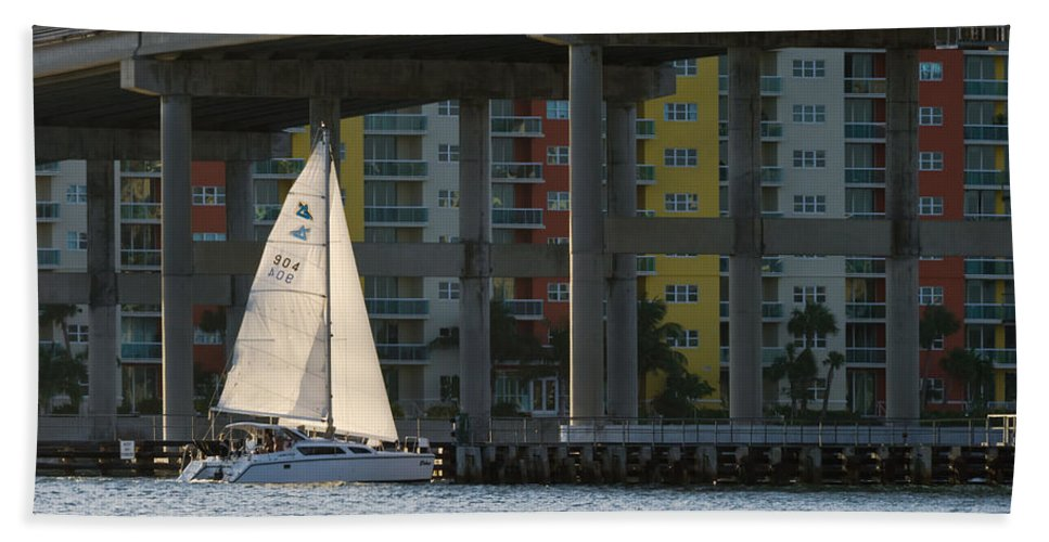 Afternoon Hand Towel featuring the photograph Sailing The Intracoastal by Ed Gleichman