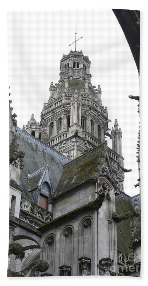 Cathedral Bath Sheet featuring the photograph Saint Gatien's Cathedral Steeple by Christiane Schulze Art And Photography
