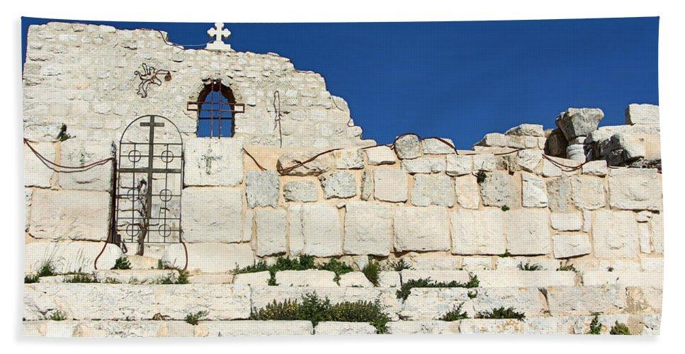 Saint Bath Sheet featuring the photograph Saint George Ruins by Munir Alawi