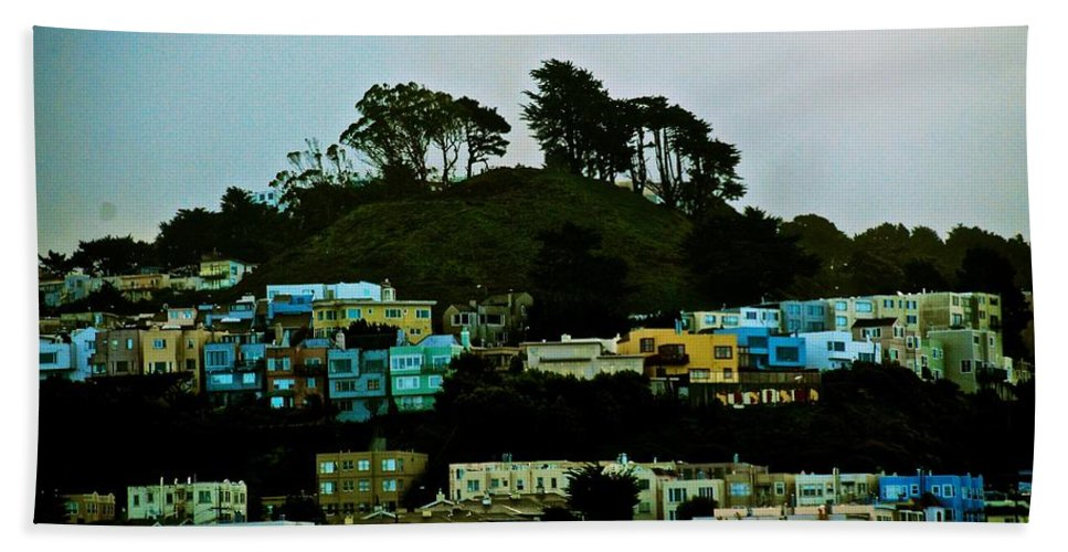 San Francisco Hand Towel featuring the photograph San Francisco Neighborhood by Eric Tressler