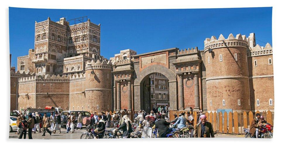 Ancient Bath Sheet featuring the photograph Sanaa Old Town Busy Street In Yemen by Jacek Malipan