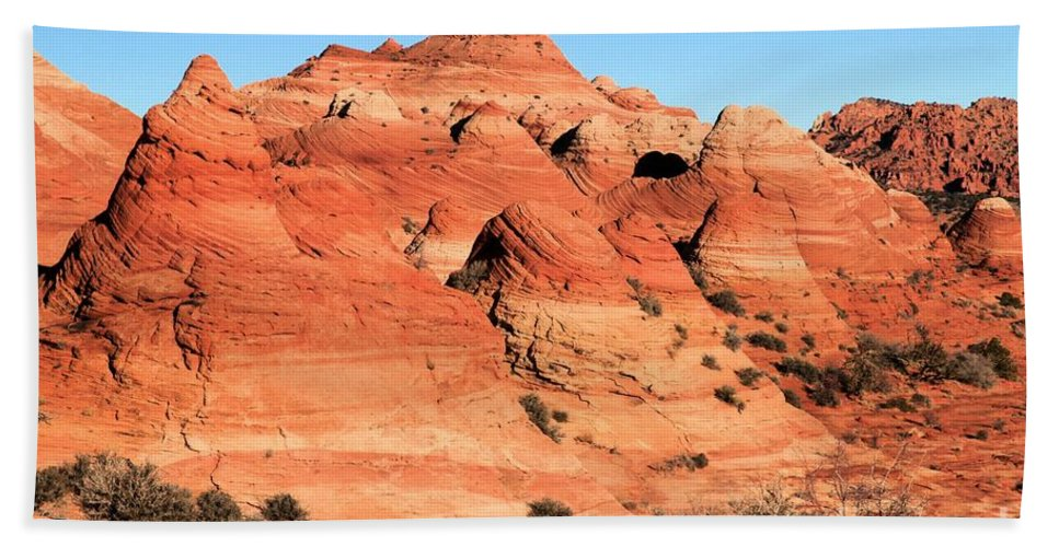 The Wave Bath Towel featuring the photograph Sandstone Amphitheater by Adam Jewell