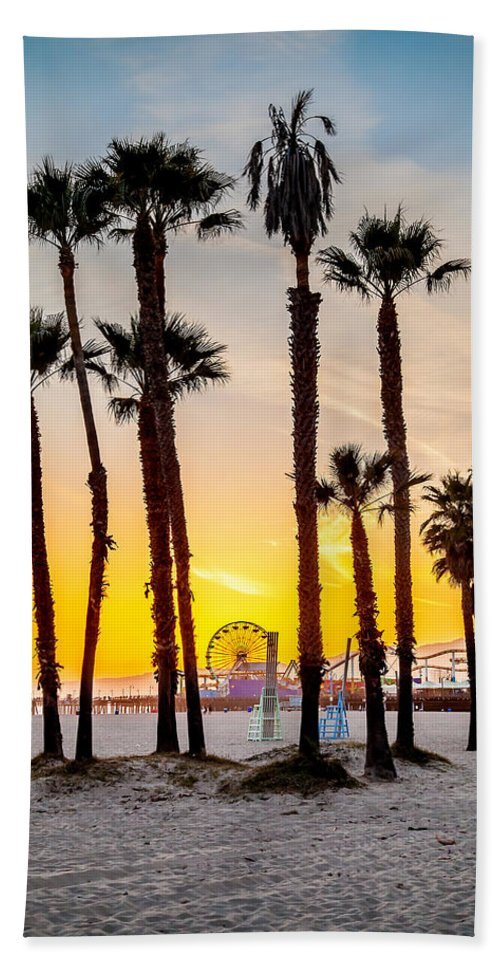 Los Angeles Hand Towel featuring the photograph Santa Monica Palms by Az Jackson