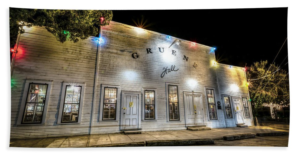 Hall Bath Sheet featuring the photograph Saturday Night At Gruene Hall by David Morefield