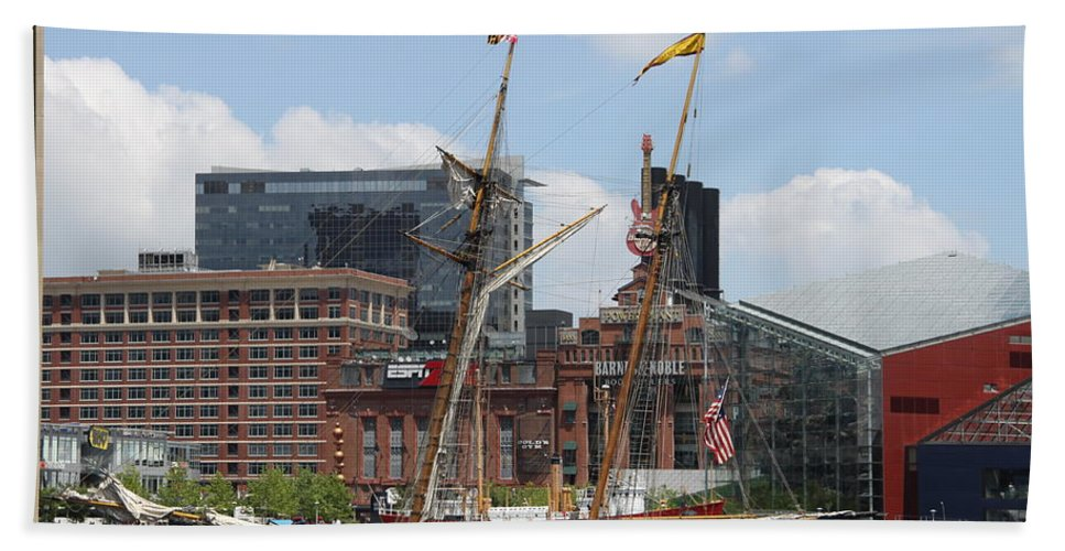 Harbor Hand Towel featuring the photograph Schooner Arriving At Baltimore Inner Harbor by Christiane Schulze Art And Photography