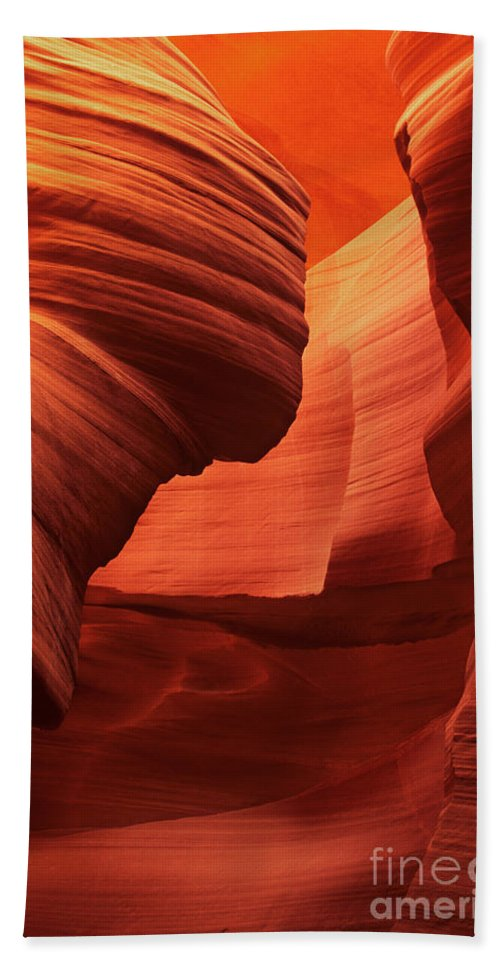 North America Bath Sheet featuring the photograph Sculpted Sandstone Upper Antelope Slot Canyon Arizona by Dave Welling