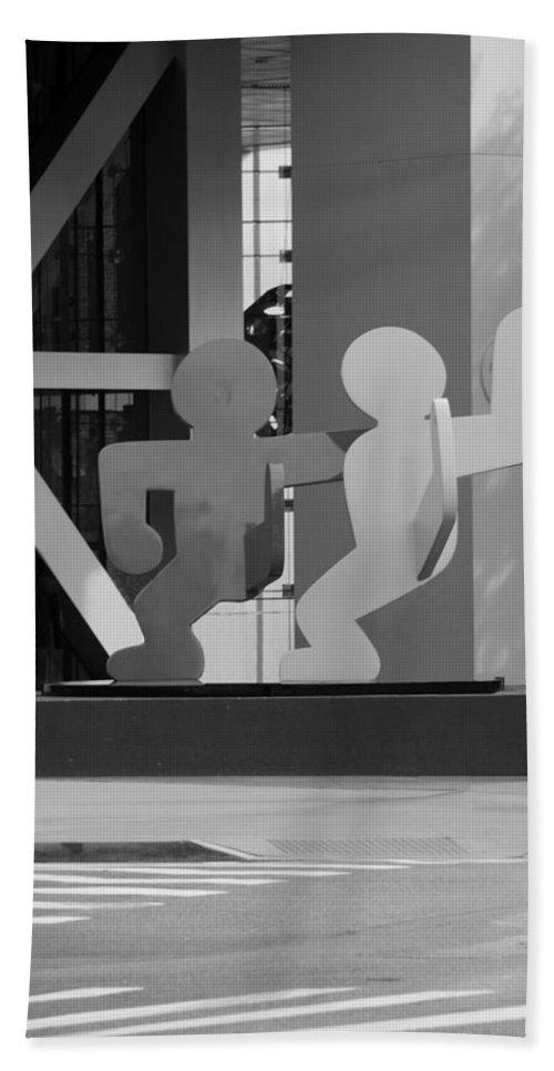 Art Hand Towel featuring the photograph Sculpture On State Street In Black And White by Rob Hans