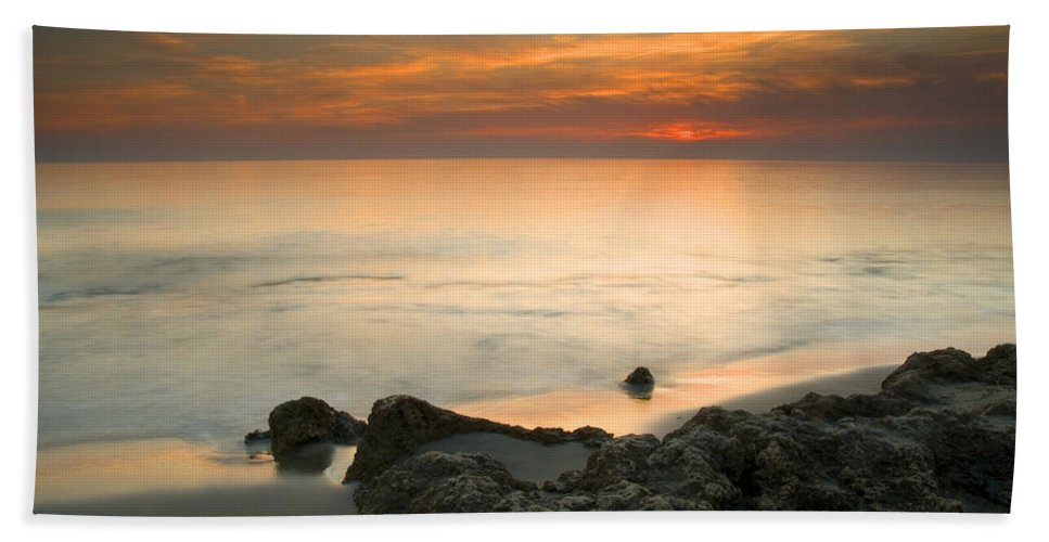 Seascape Hand Towel featuring the photograph Sea Sunset by Guido Montanes Castillo
