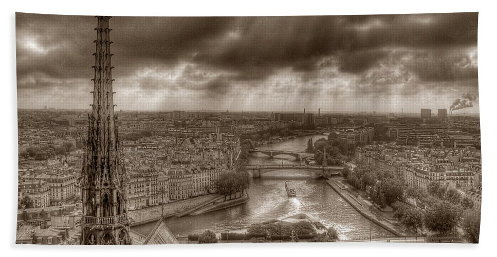 Seine Paris Notre Dame Bath Sheet featuring the photograph Seine From Notre Dame by Michael Kirk