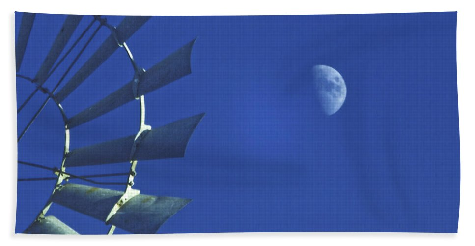 Blue Sky Bath Sheet featuring the photograph Semi Circles by David and Carol Kelly