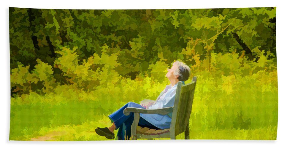 Bench Hand Towel featuring the photograph Serenity by Donna Doherty