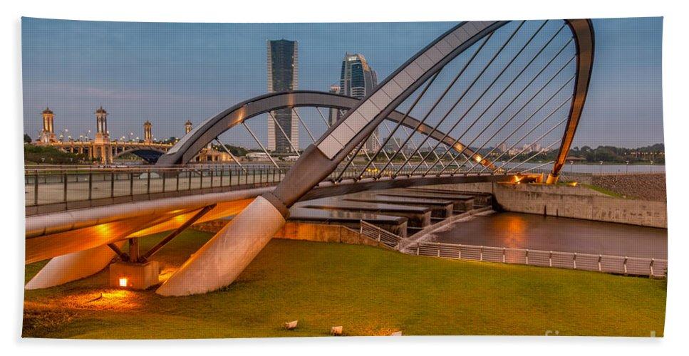 135 Metre Hand Towel featuring the photograph Seri Empangan Bridge by Adrian Evans