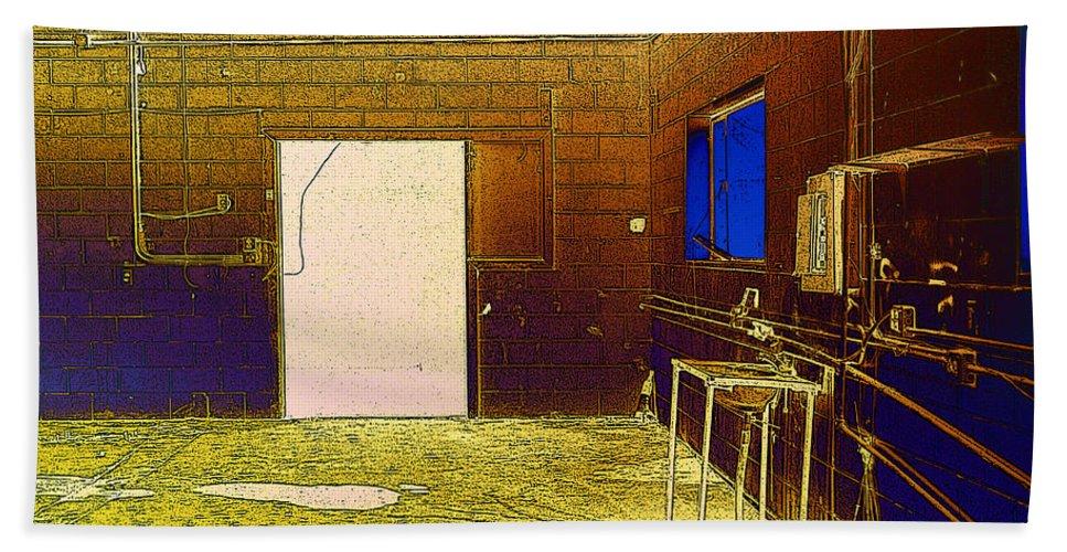 Bath Sheet featuring the photograph Sg 4 by David Pantuso