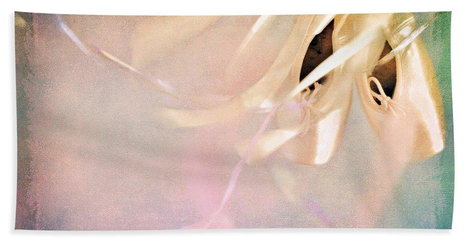 Shabby Chic Bath Sheet featuring the photograph Shabby Chic Ballet I by Theresa Tahara