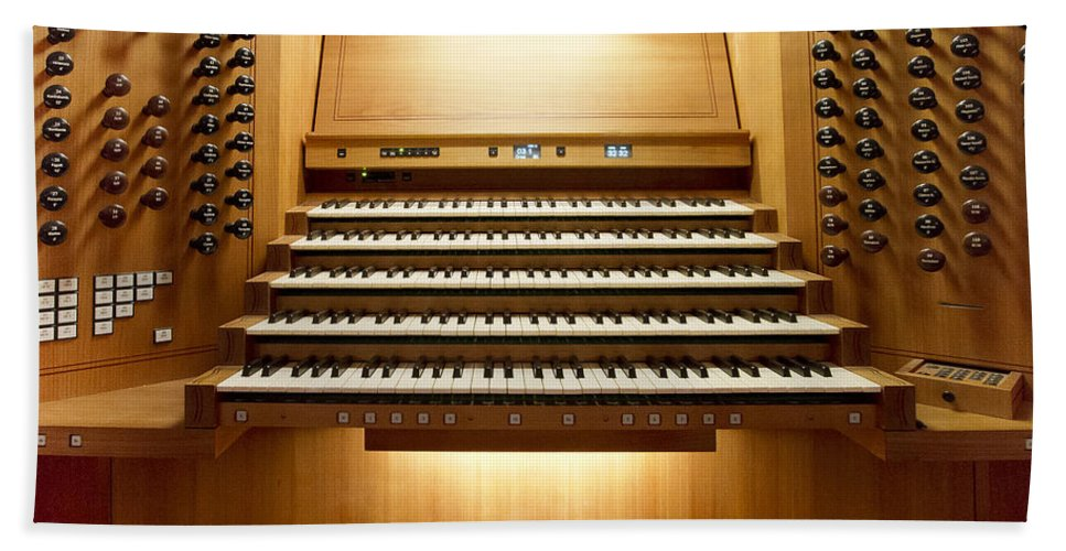 Organ Hand Towel featuring the photograph Shanghai Organ Console by Jenny Setchell