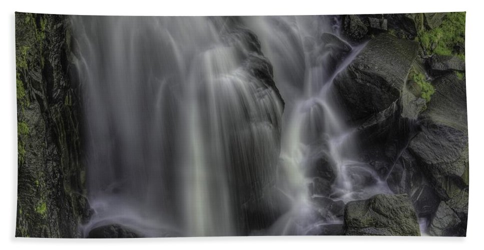 Hand Towel featuring the photograph Sheer Delight by Bill Sherrell