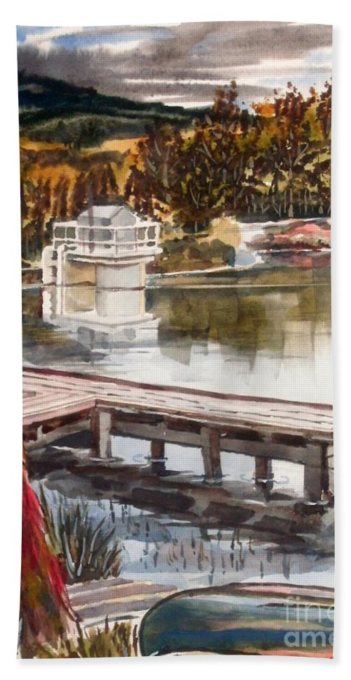 Shepherd Mountain Lake In Twilight Bath Towel featuring the painting Shepherd Mountain Lake In Twilight by Kip DeVore