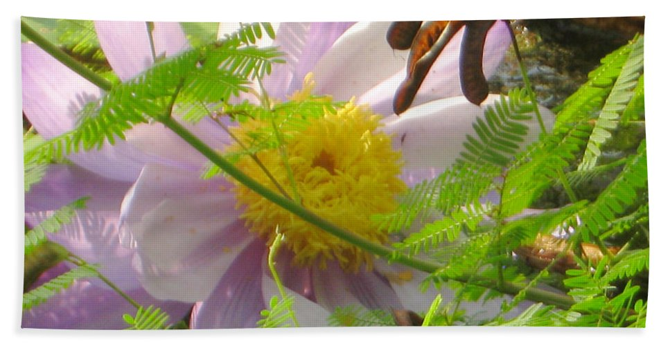Flower Bath Sheet featuring the photograph Show Your Inner Beauty by Heidi Sieber