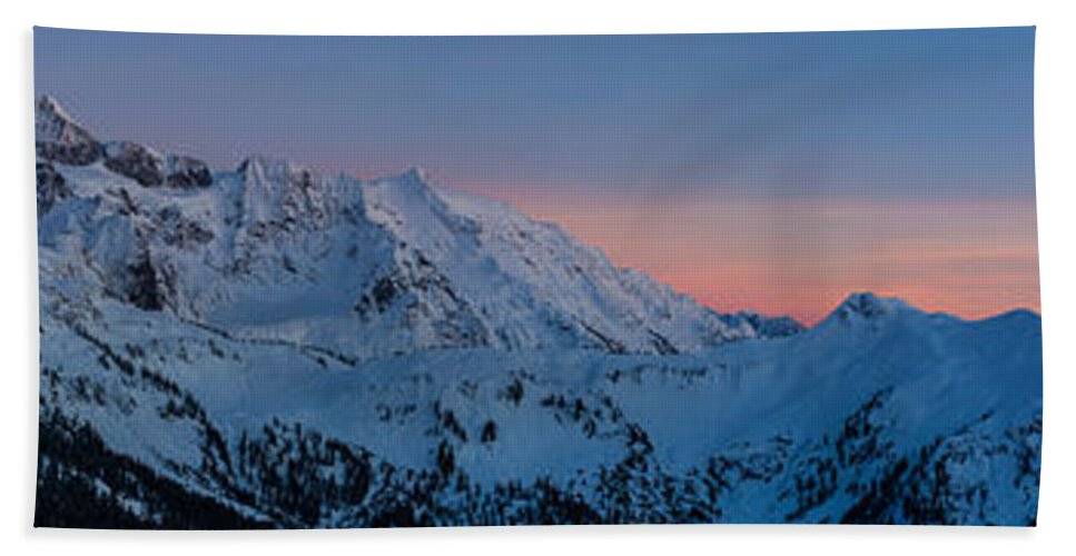 Moon Bath Sheet featuring the photograph Shuksan Sunset Panorama by Mike Reid