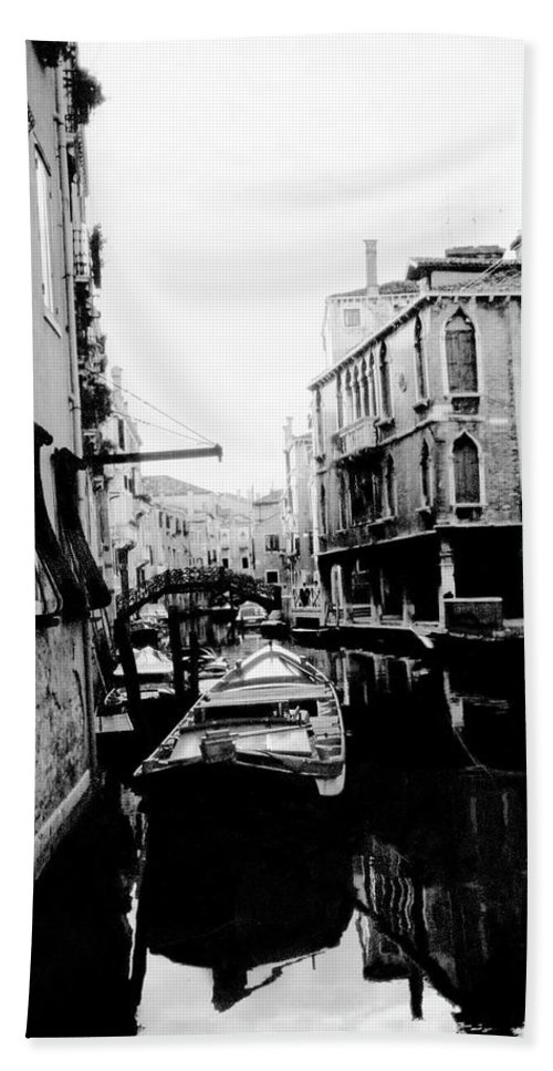 Venice Bath Sheet featuring the photograph Silenzio Venice Italy by Heike Hellmann-Brown